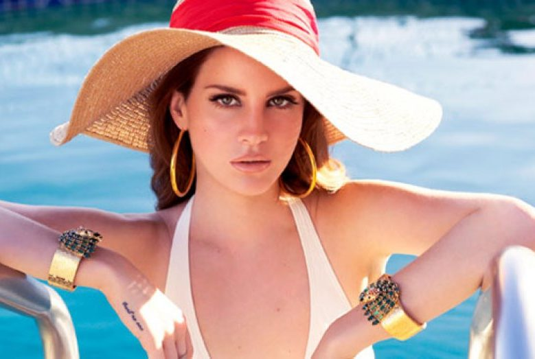 Lana Del Rey Plastic Surgeries, lips, nose, smile and Tattoos