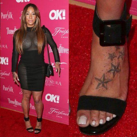 Hazel-E's stars and dots on foot